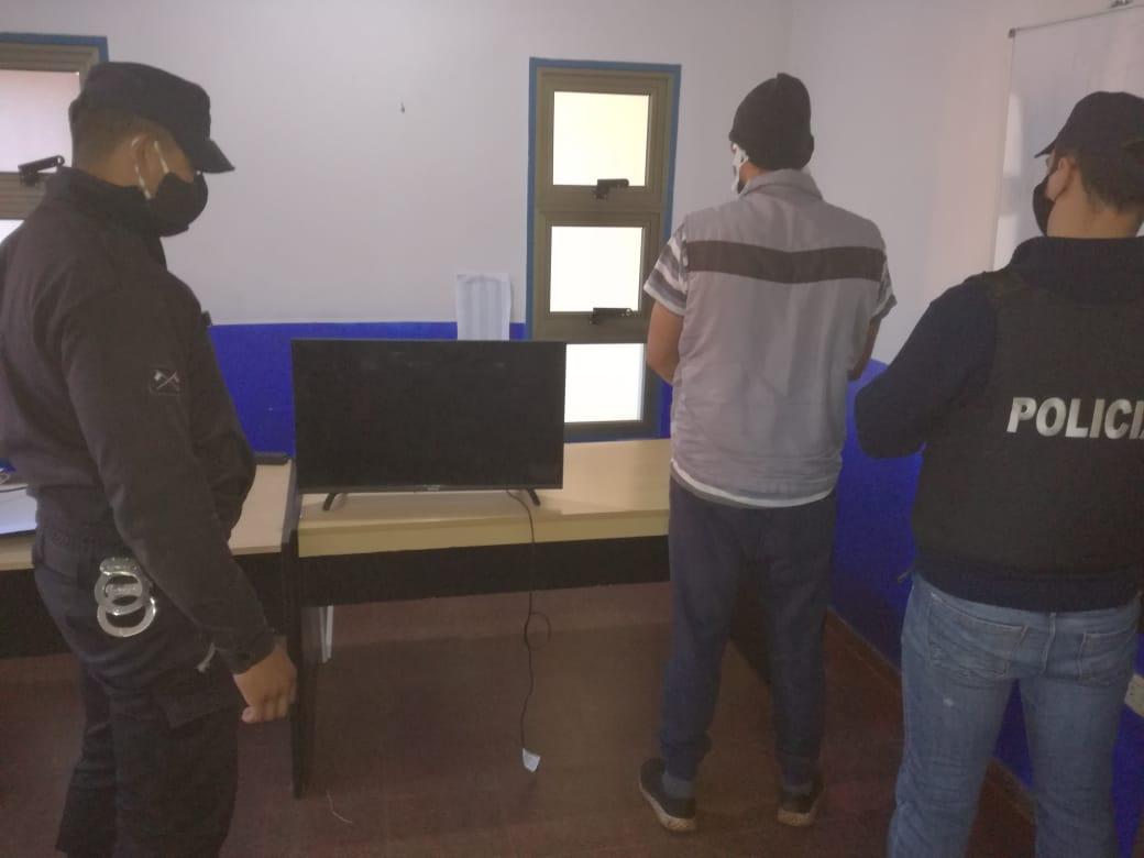 SAN PEDRO : ROBÓ UN TELEVISOR Y FUE DETENIDO
