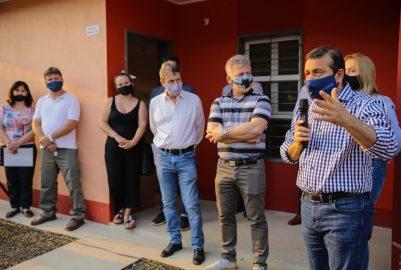 PUERTO RICO: EL GOBERNADOR ENTREGÓ 60 VIVIENDAS